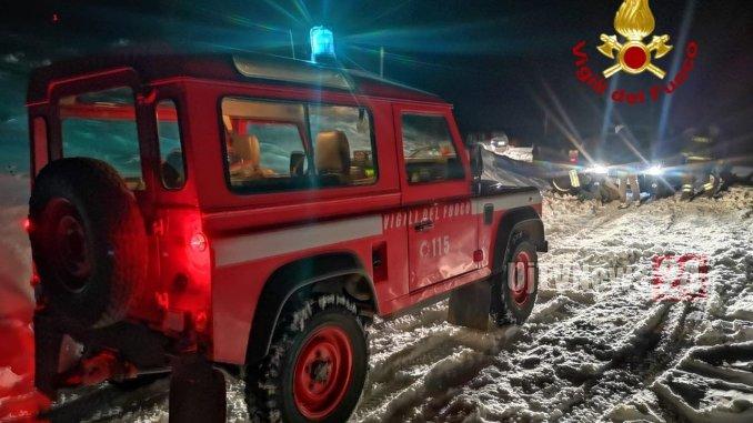 Bloccati sul Monte Martano causa neve, recuperati dai Vigili del fuoco