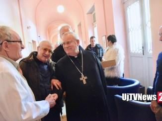 Cardinale Bassetti in visita al Centro residenziale di cure palliative Hospice