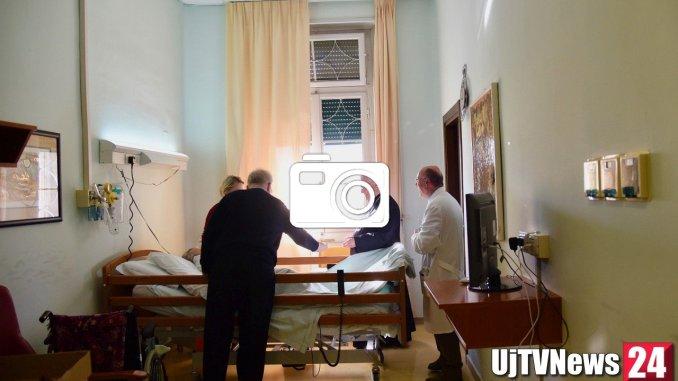 Cardinale Bassetti ha visitato i pazienti dell'Hospicedi Perugia