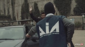 Dia polizia carabinieri auto indagini arresto finanza carcere (11)