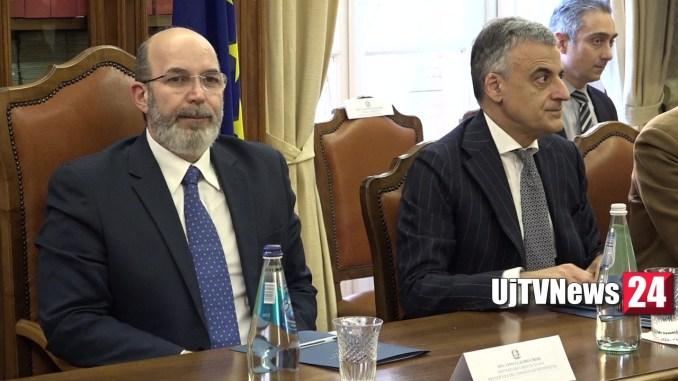 Sottosegretario Crimi a Perugia, modificare leggi e accelerare ricostruzione
