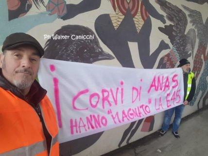 E45 viadotto Puleto protesta lavoratori a Sansepolcro, la strada va riaperta!