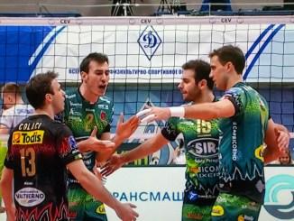 Sir Sicoma Colussi volley batte Dinamo Mosca per 1 a 3