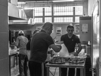 Comincia dalla cucina il recupero dei detenuti al carcere di Capanne