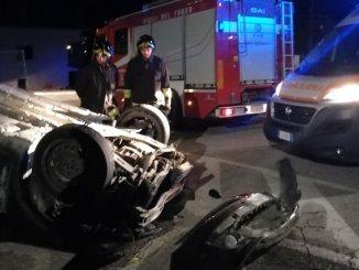 Incidente stradale autonomo, in via Umbria a San Martino in Colle