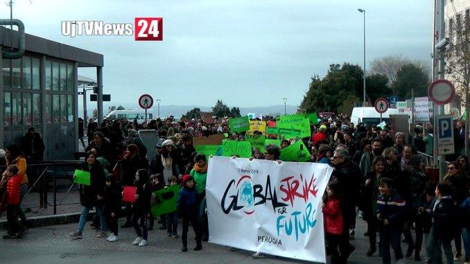 Perugia ha aderito alla Marcia per il Clima, salviamo il nostro pianeta