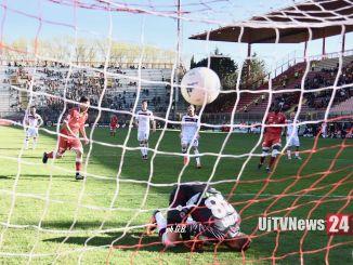 Perugia vince con il Livorno per 3-1, consolida la sua posizione nei playoff