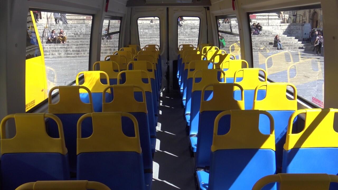 Trasporto scolastico, in arrivo nuovi mezzi, 5 per studenti con disabilità