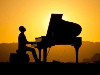 Giovanni Guidi, pianista jazz, presenta la candidatura alle Europee 2019