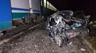 incidente-treno-auto1