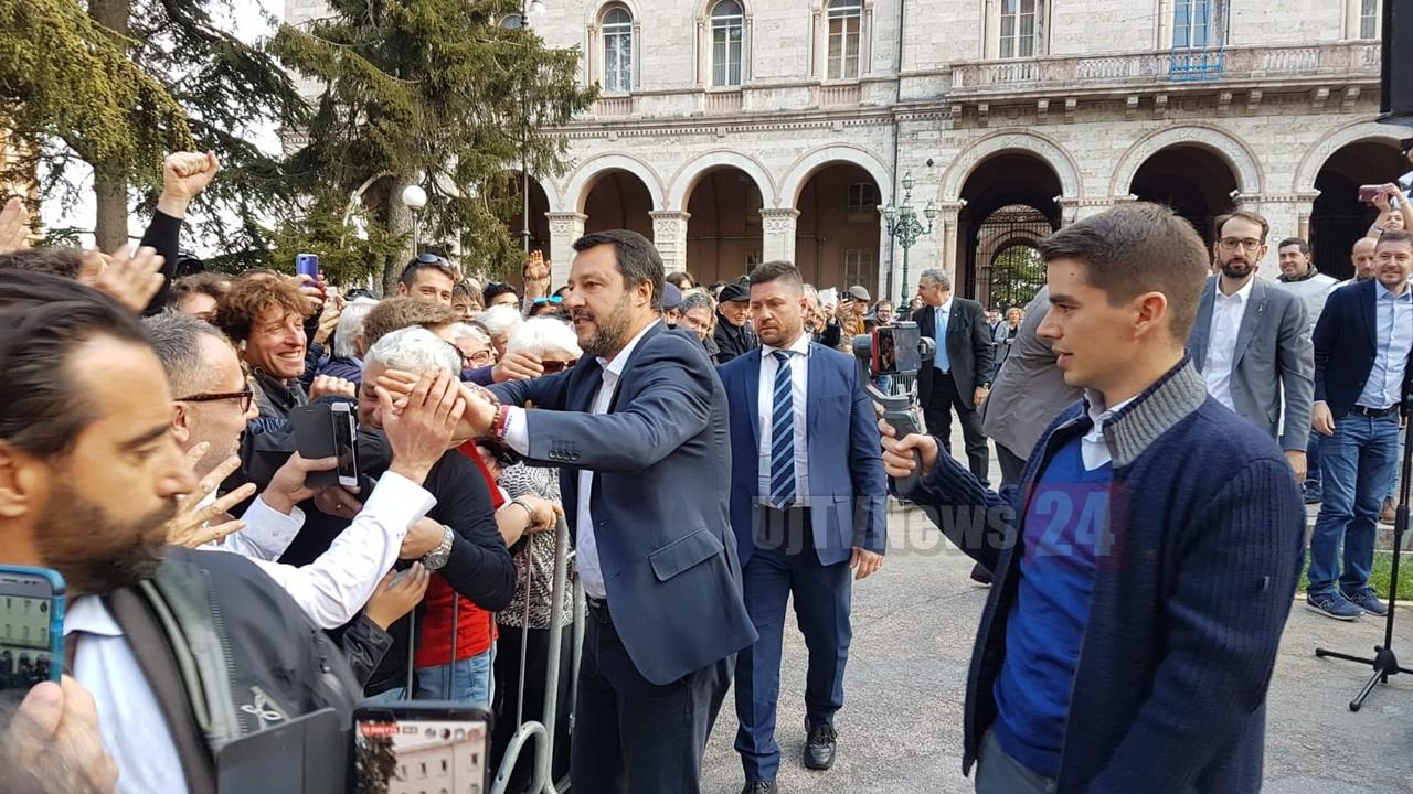 Matteo Salvini a Perugia: «Donatella Tesei candidata alle regionali»