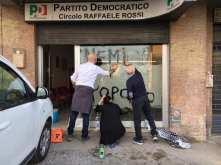 Vandalizzate i circoli del PD, a Monteluce e in via del Lavoro a Perugia
