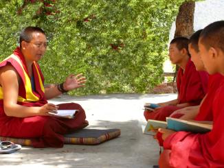 Porta Santa Susanna, conferenza con il Lama tibetano Khenpo Gelek Jinpa