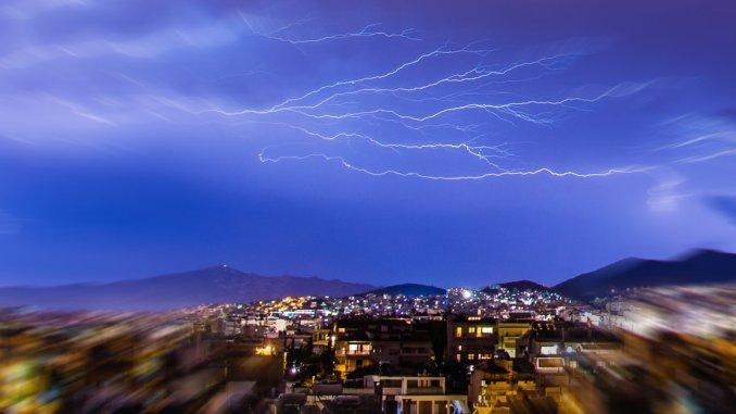 Maltempo in Umbria, temporali e neve oltre 1500 metri, previsioni meteo
