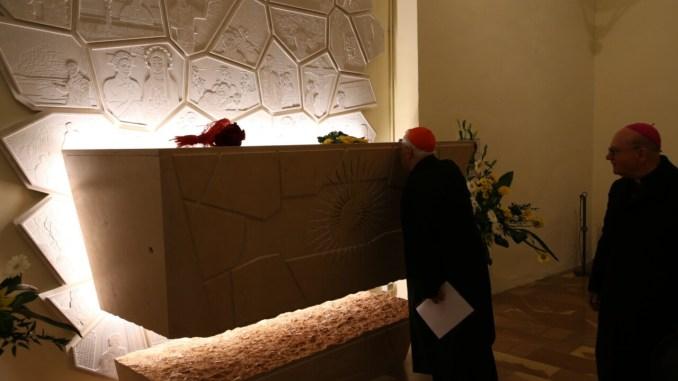Traslato corpo venerabile Carlo Acutis ad Assisi, messa di Bassetti