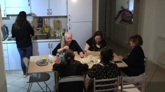 Storie di confine Cohousing ciao mamma e papà, vado a vivere da sola (S.Carnevali)
