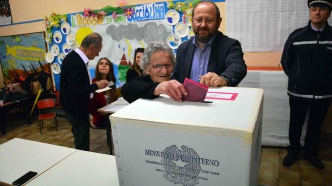 Nonna Luisa Zappitelli a 108 anni va a votare alle elezioni Europee 2019
