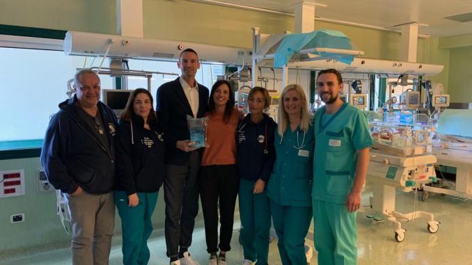 Associazione Giacomo Sintini dona telecamera e letto all'ospedale