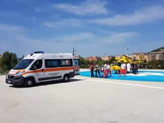 Ciclista cade su sentiero elicottero Icaro02 lo porta in ospedale a Perugia