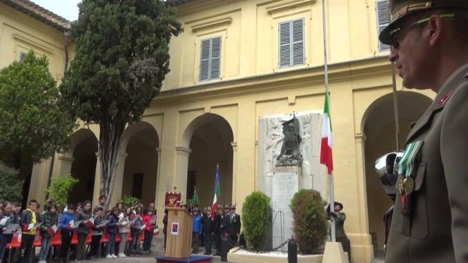 Celebrato a Perugia il 158/o anniversario della costituzione dell'Esercito italiano