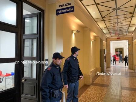 Estate e stazioni ferroviarie sicure, superlavoro della polizia Ferroviaria