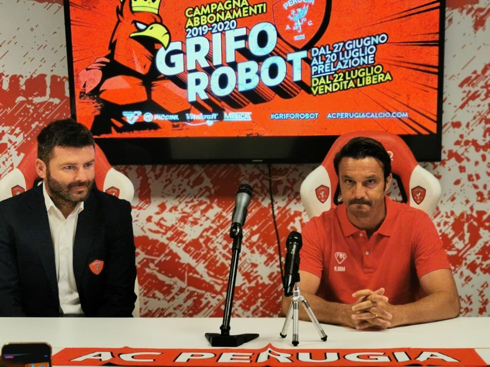 Perugia Calcio, l'allenatore Massimo Oddo si presenta alla città e ai tifosi