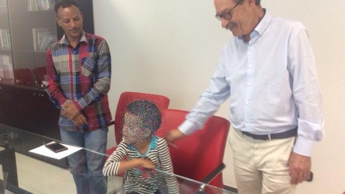 Equipe chirurgica ospedale Perugia restituisce udito a bambina eritrea