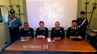 conferenza-carabinieri-arresti (4)