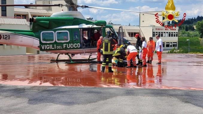 Precipita velivolo a Gualdo Cattaneo, coniugi ricoverati in gravi condizioni