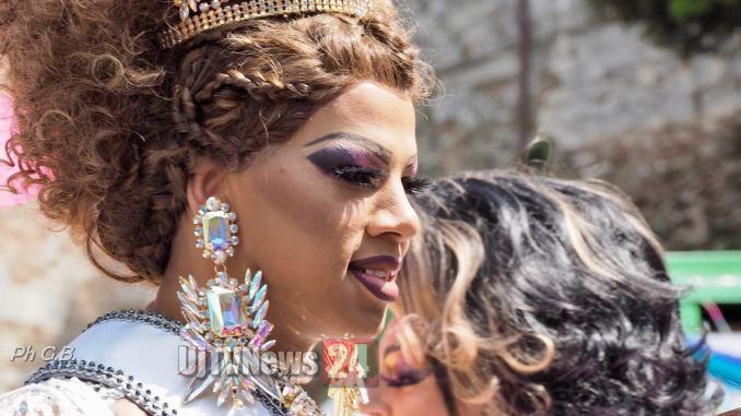 Perugia Pride, il buonsesso non fa differenze uno degli slogan, il corteo