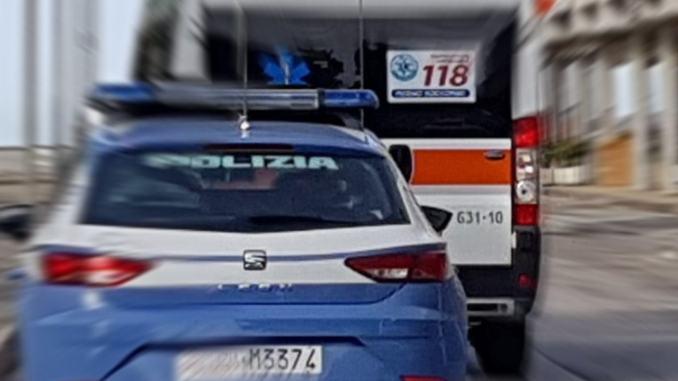 Tenta il suicidio con una corda, salvato da polizia, 118 e pompieri