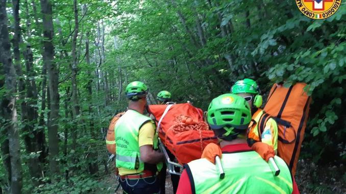 Escursionista infortunato a Monte Cucco salvato da Sasu e Vigili del fuoco
