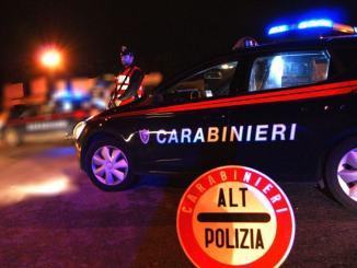 Ubriachi al cellulare e con droga a bordo, giro di vite dei Carabinieri