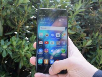 Trovano un cellulare Huawei e lo utilizzano, ma non era il loro, denunciate