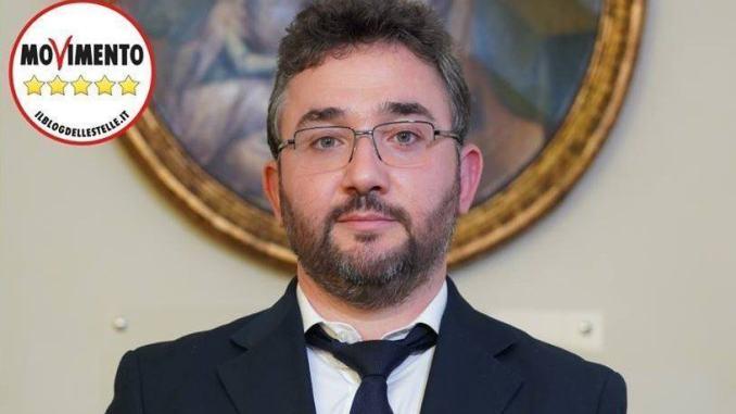 Elezioni regionali, Filippo Gallinella del M5S pronto a candidarsi, ma decide Di Maio