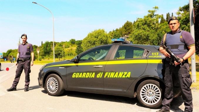 Spaccio di droga a Terni, un arresto e tre denunce, l'attività della Guardia di Finanza