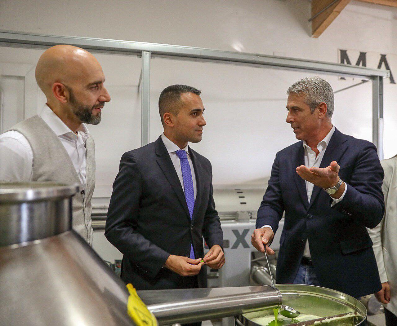 Di Maio a Campello: «Portare l'Umbria in tutto il mondo»