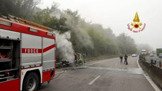 incendio-auto (2)