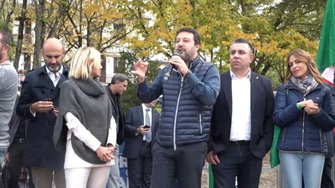 Umbria: Salvini, Conte da Cucinelli? A radical chic preferisco piazza
