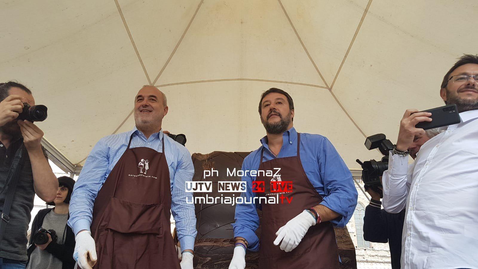 Scultore di cioccolato per un giorno, Matteo Salvini a Eurochocolate