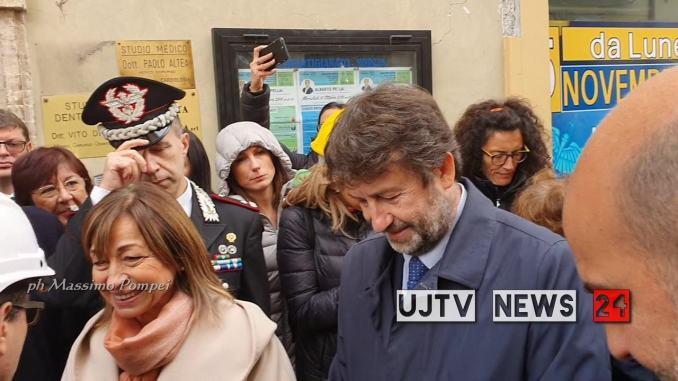 Terremoto, Franceschini a Norcia visita basilica di San Benedetto | Video