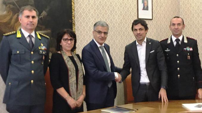 Rinnovo del patto di legalità a Perugia, firmato oggi dal prefetto e dal sindaco