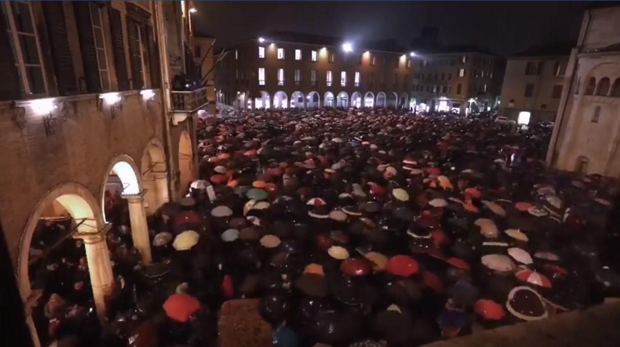 """Anche in Umbria ci sono le """"Sardine"""" anti-Salvini, oggi a Terni, sabato a Perugia"""