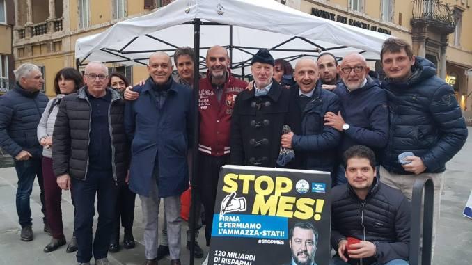 """Oltre 4000 firme raccolte in Umbria dalla Lega per dire """"no"""" al Mes"""