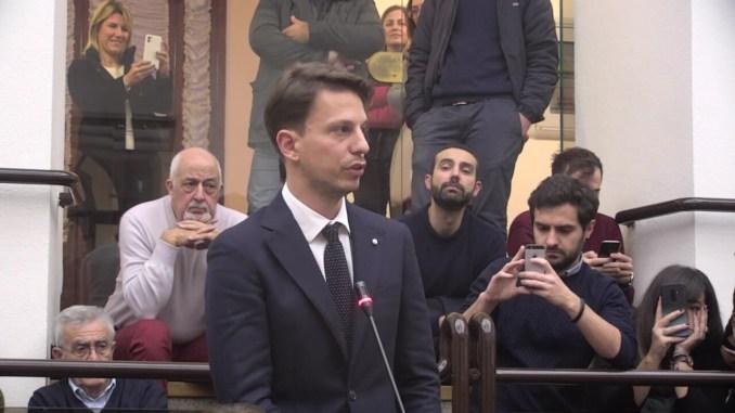 Dimezzare le indennità di tutti a Palazzo, lo chiede Tommaso Bori, del Pd