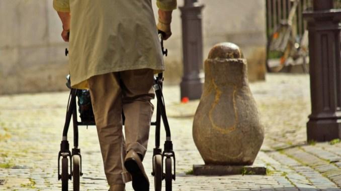 Pensionati ridotti allo stremo, e diminuisce anche il numero in Umbria
