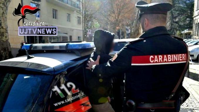 Ricercata internazionale per furto, arrestata a Fossato di Vico
