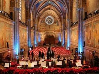 Assisi, Mattarella, Bassetti e Lamorgese a concerto Natale