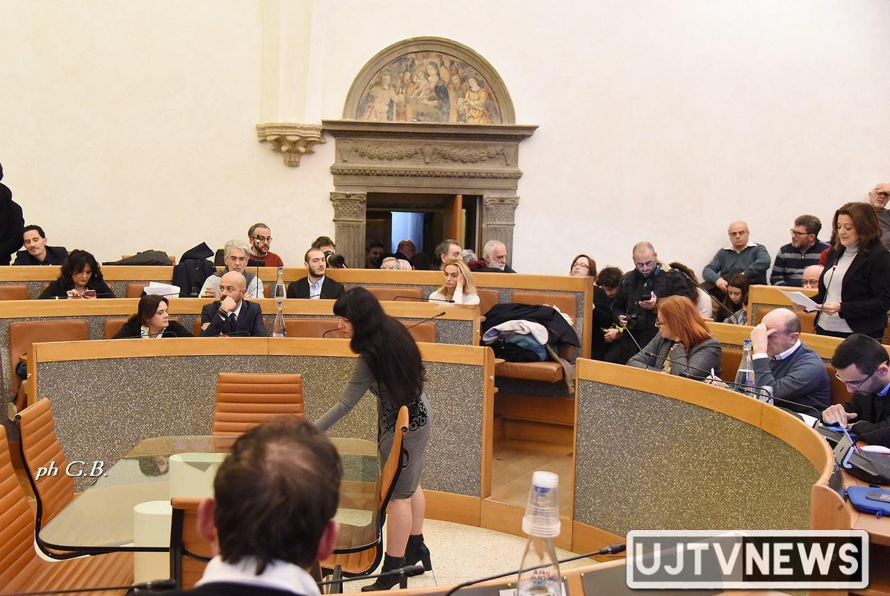 Dehors centro storico per ristoro, Consiglio Perugia approva regolamento