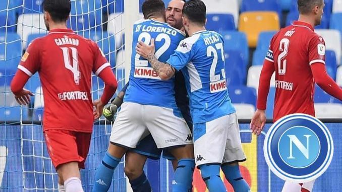 Esordio amaro per il Perugia di Cosmi, sconfitto per due a zero a Napoli